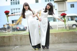Chinesische Frauen gelten als verspielt und stehen dennoch mit beiden Beinen mitten im Leben.